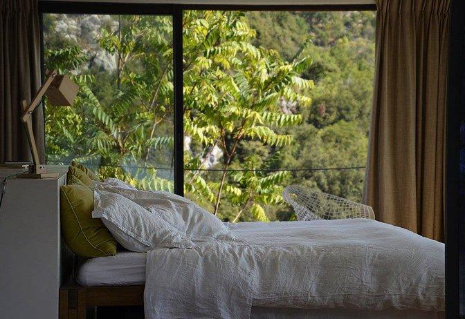 modern_vacation_rentals_cote_d_azur_france_001