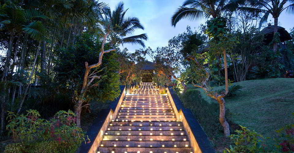 w-hanging-gardens-of-bali-wedding-best-resort-unique-experience-love-copy