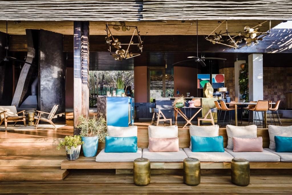 Singita+Sweni+main+lodge+and+Marble+Bar